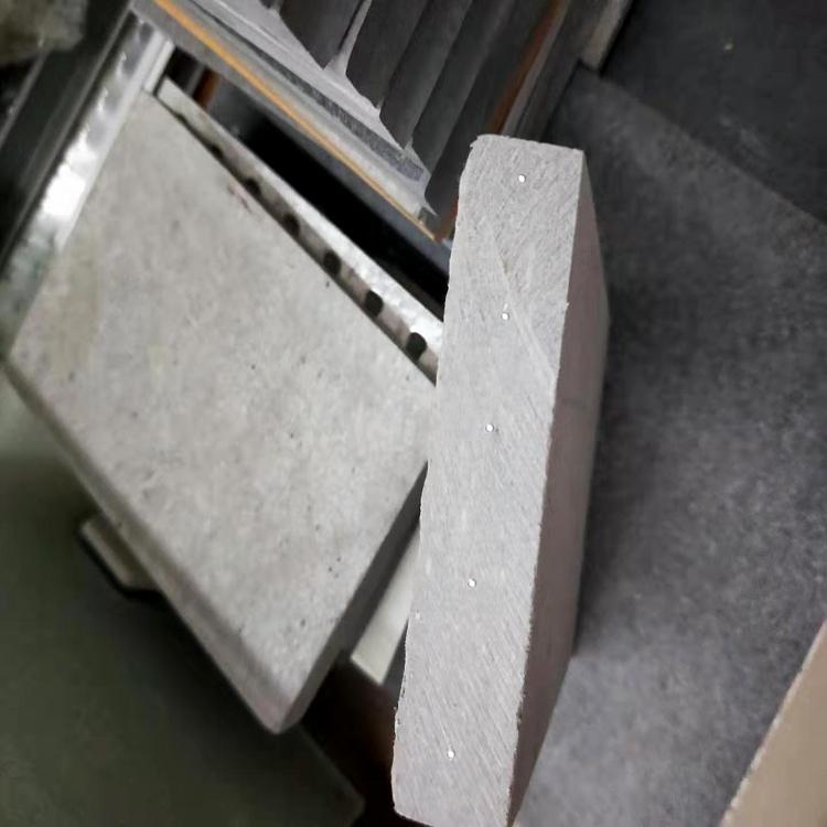 玻镁板和水泥压力板4点性能对比