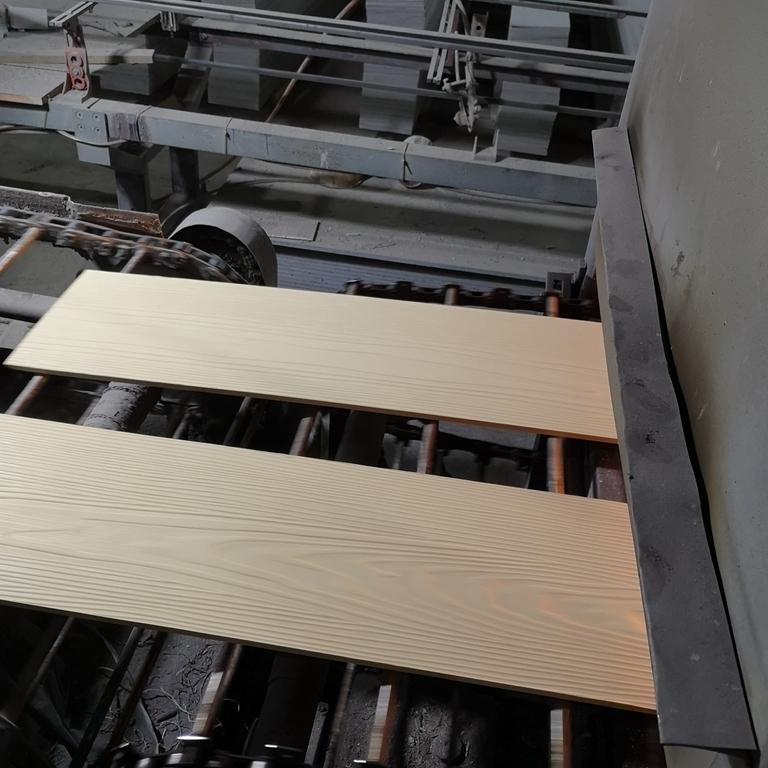 水泥纤维木纹板